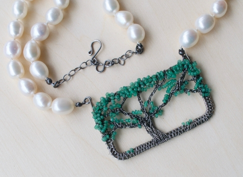Oak Tree Necklace - Emerald