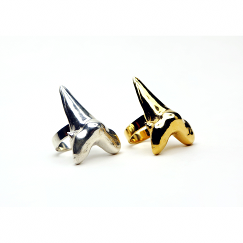 Mama Shark Tooth Ring