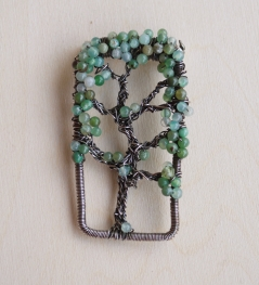 Oak Tree Pin - Chrysoprase