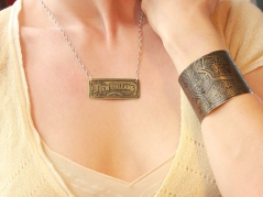 Tivoli/Lee Circle Brass Etched Cuff