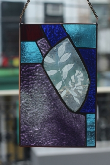 * Enverre Wisteria Varietal Stained Glass / Main Image