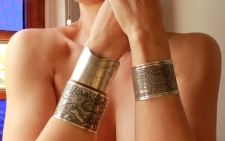 Bayou St. John Etched Cuff Bracelet in Sterling Silver / Main Image