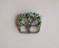 Oak Tree Pin - Freshwater Pearls