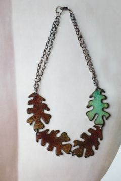 Oak Leaf Necklace / reversible