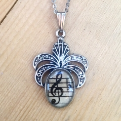 Fancy Treble Clef Pendant
