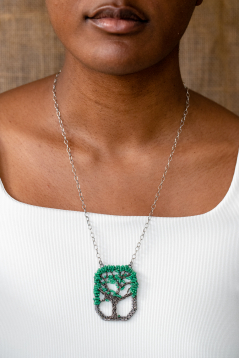 Live Oak Necklace - Emerald