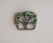 Oak Tree Pin - Freshwater Pearls / Main Image