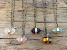 Quartz Point Necklace / Main Image