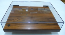 Audiowood Rega Plinth (Custom Santos Veneer with Dustcover)